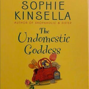 The Undomestic Goddess audio cd Sophie Kinsella